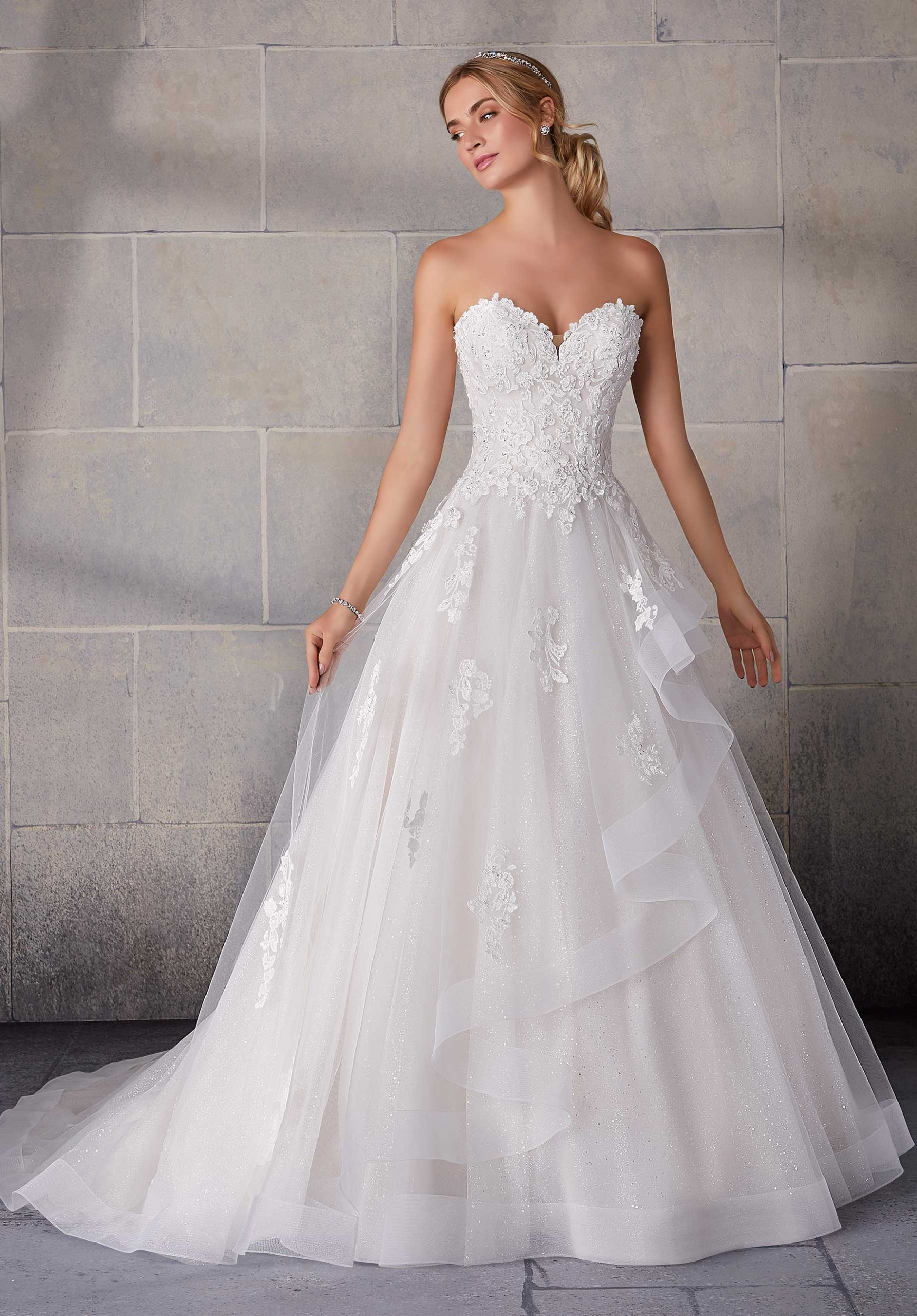 Choosing Your Perfect Wedding Dress