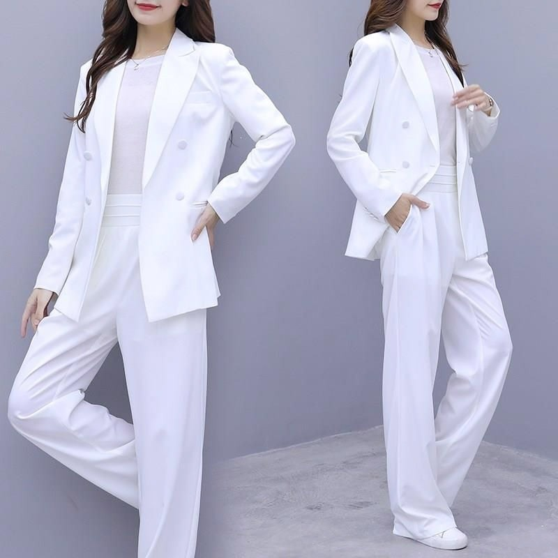 Tips for choosing a Women's Suits