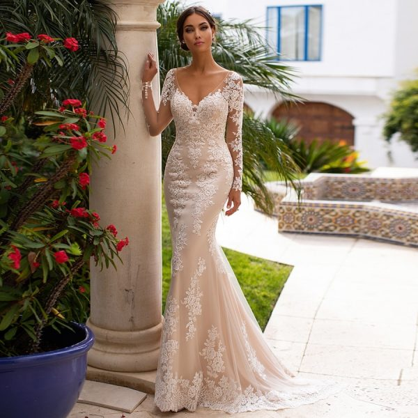 V-neck Lace Backless Wedding Dresses