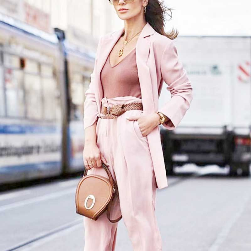 How-to-Shop-For-Women's-Suits