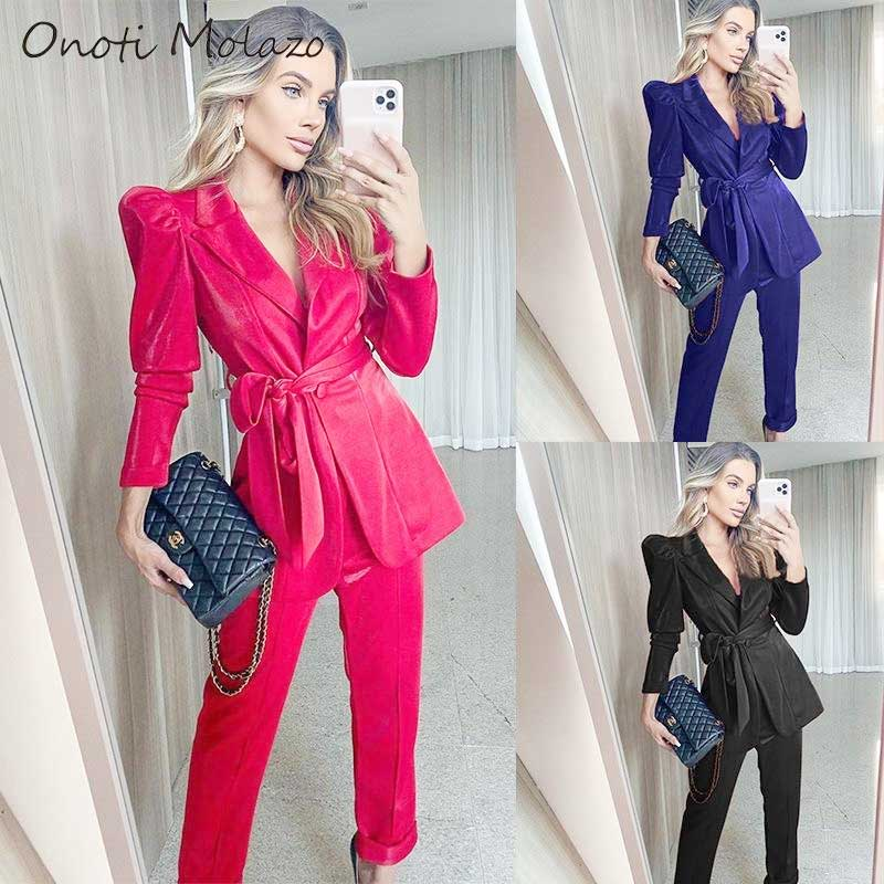Choosing-The-Perfect-Women's-Suits